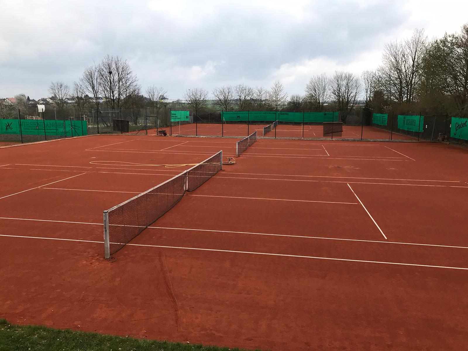 Tennisplätze nach Winterpause wieder geöffnet!